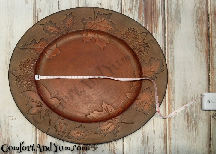 Measure Thanksgiving Charger for Decoration